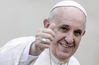 O Papa Francisco critica a legalização das drogas