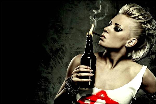 Menos cigarro, menos bebida