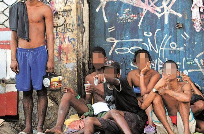 """""""Descriminalizar as drogas não acaba com o poder opressivo do tráfico"""""""
